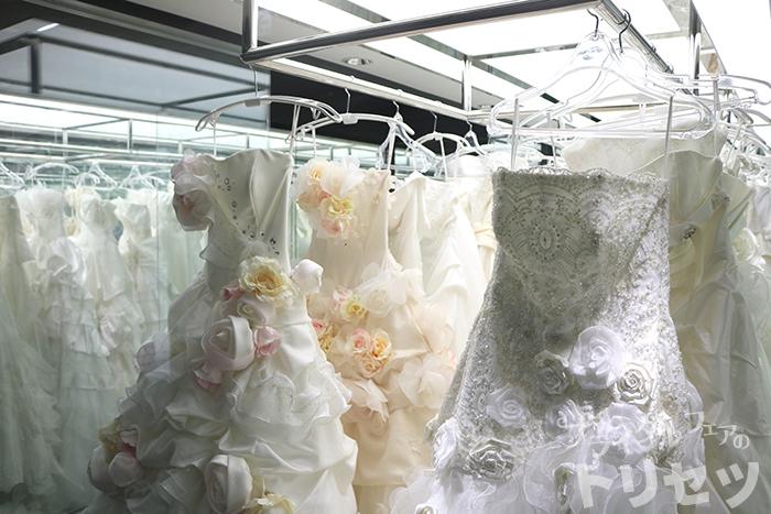 ウェディングドレスの画像