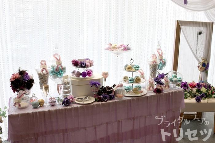 グランダルシュウエディングヒルズの披露宴会場入り口の画像