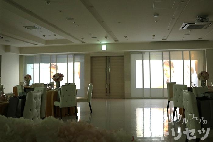 グランダルシュウエディングヒルズの披露宴会場の画像