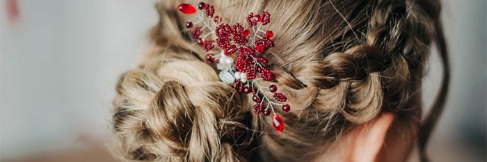 結婚式の髪型の画像