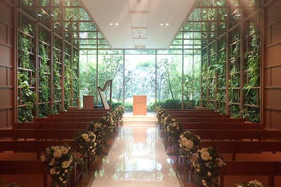 結婚式場のチャペル